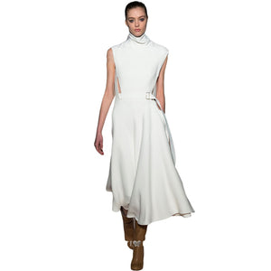 The High Collar Waistless Sleeveless White Long Dress