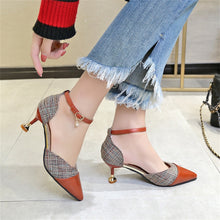 Load image into Gallery viewer, Pinpoint Baotou Button Coloured Fine-heeled Sandals