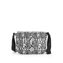 Load image into Gallery viewer, Time and Tru Laura Saddle Crossbody