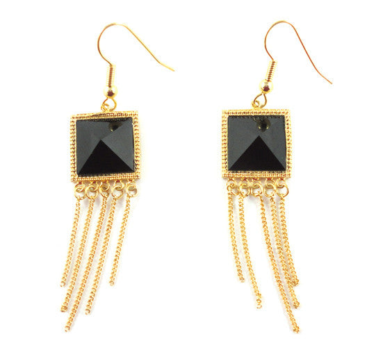 Dame Pyramid Dangle Earrings