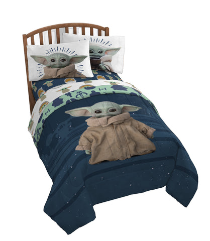 "The Child ""Baby Yoda"" Twin/Full Comforter"