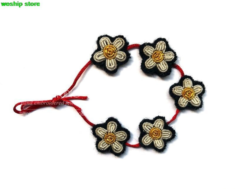 2017 DIY New High quality 3D Hand embroidered badges Garland Armband  applique for Coat Trousers Bag Brooch