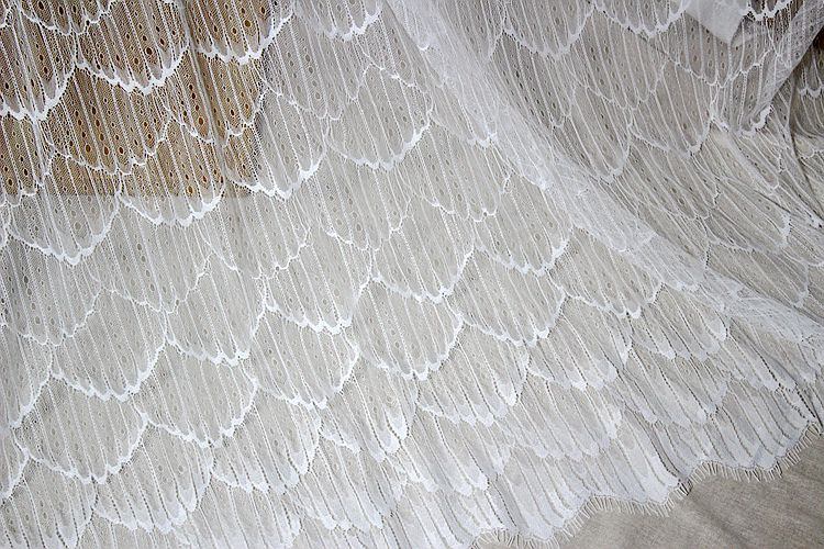 1.5m x 3m long african lace fabric eyelash lace 2019 high quality wedding dress craft lace applique
