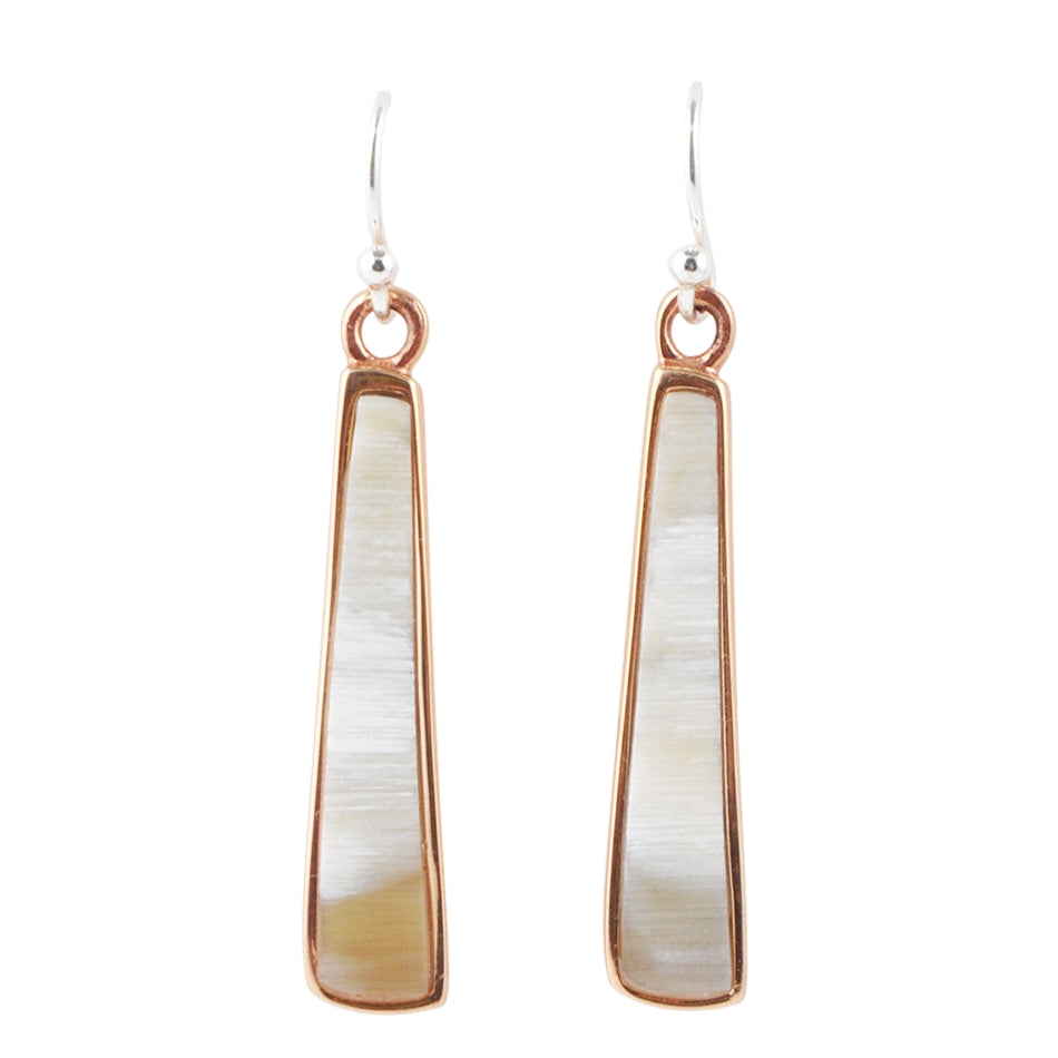 Sleek Lines Mother of Pearl Earring