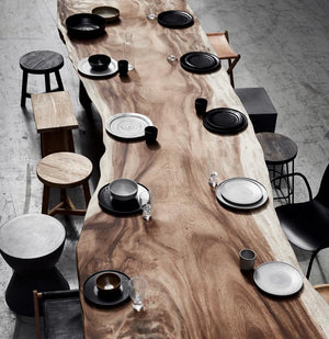 Mano Dining table