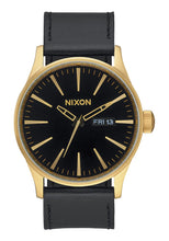 Load image into Gallery viewer, Nixon Watch Sentry Leather Gold / Black A105-513