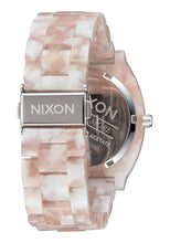 Load image into Gallery viewer, Nixon Watch Time Teller Acetate Pink / Silver A327-718