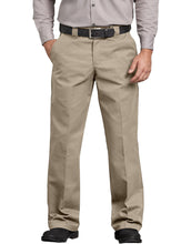 Load image into Gallery viewer, DICKIES MENS RELAXED FIT STRAIGHT COMFORT WAIST PANT WP824