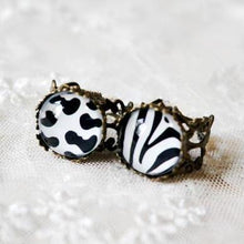 Load image into Gallery viewer, Animal Print Vintage Ring SP152599