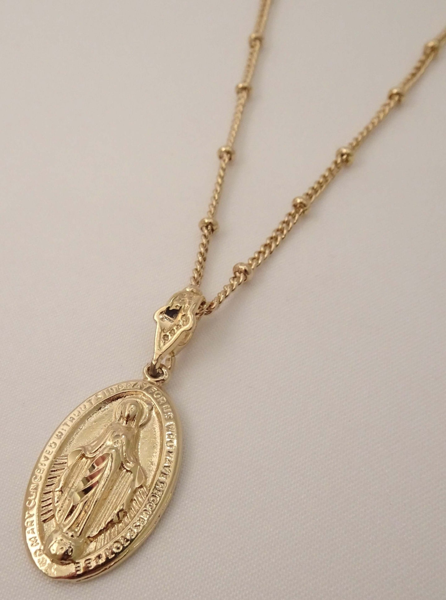 gold virgin Mary pendant necklace, Virgin Mary Necklace, Gold Virgin Mary Necklace, Virgin Mary Pendant, saint necklaces, virgin Mary gold pendant, mother Mary necklace, blessed mother necklace, Mary necklace gold, mary jewellery, lady gold
