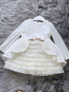 Girls dress 💕💕.     330