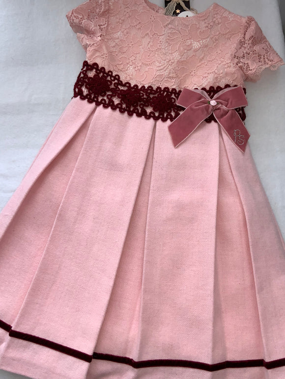 Girls dress   💕💕.      G110