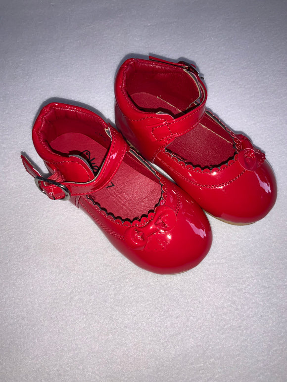 Red shoes cmk77