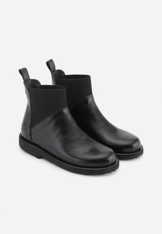 Chelsea Boot Slip-On Black Shine