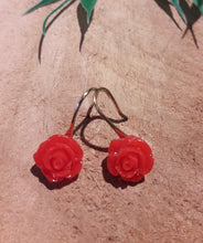 Load image into Gallery viewer, Small Roses Earrings
