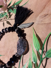 Load image into Gallery viewer, Feather Stone Bracelet