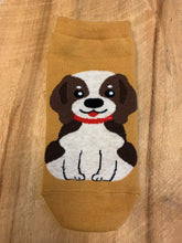 Load image into Gallery viewer, Bert Socks Beagle