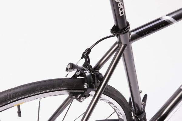 Bombtrack Tempest 700C Racing Road Bicycle Metallic Grey