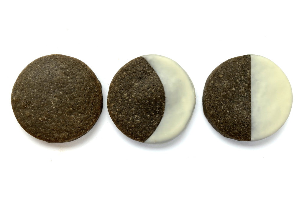 Phases of the moon-Black Sesame Sablés