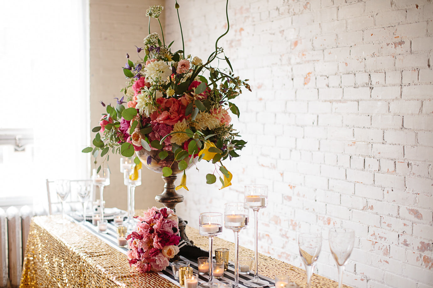 Rescue Flats | http://rescueflats.com/ | Kate Spade Inspired Floral Centerpiece | Floral Design: FaBLOOMosity