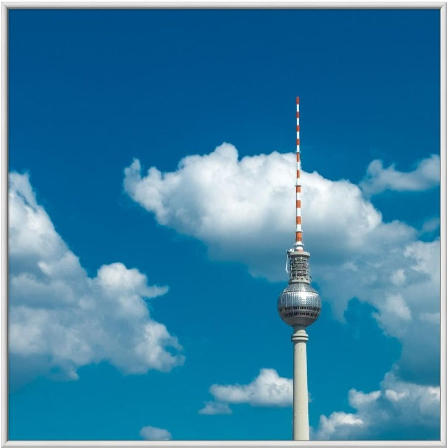 TV Tower II  - Fotokunst - Fine Art Photography - Alexander-Palm.Photography