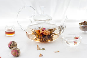 Ri Yue Sheng Hui Blooming Tea