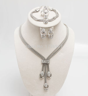 Impeccable Jewelry Set for Women