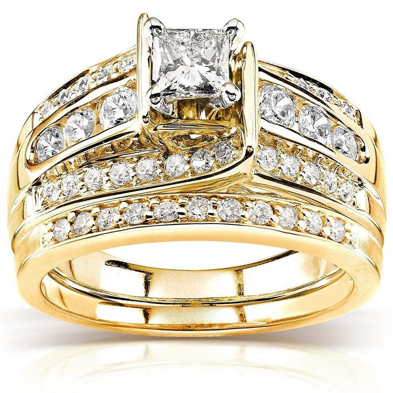 Luxury Yellow Gold color Wedding Rings Set
