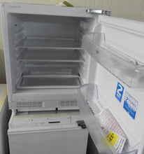 Load image into Gallery viewer, Beko BL21 125L Tall/Larder Fridge