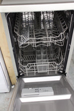 Load image into Gallery viewer, KENWOOD KDW45S16 Slimline Dishwasher A++ 9 place settings Silver