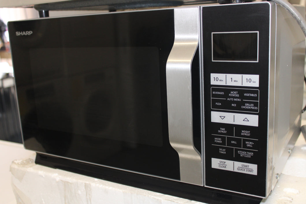 Sharp R760SLM 23L 900W Freestanding Microwave Oven With 1000W Quartz Grill And Flat Tray - Silver