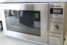 Load image into Gallery viewer, Panasonic 1000W Standard Microwave NNSD27HS 23L Stainless Steel