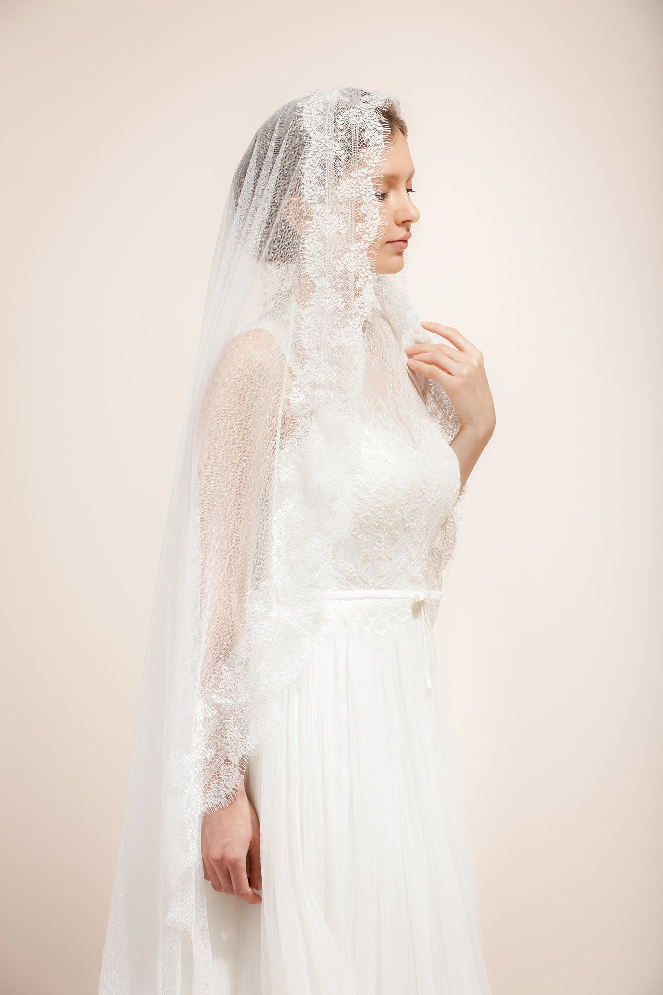 9d045dba6b Swiss dotted veil with lace trims