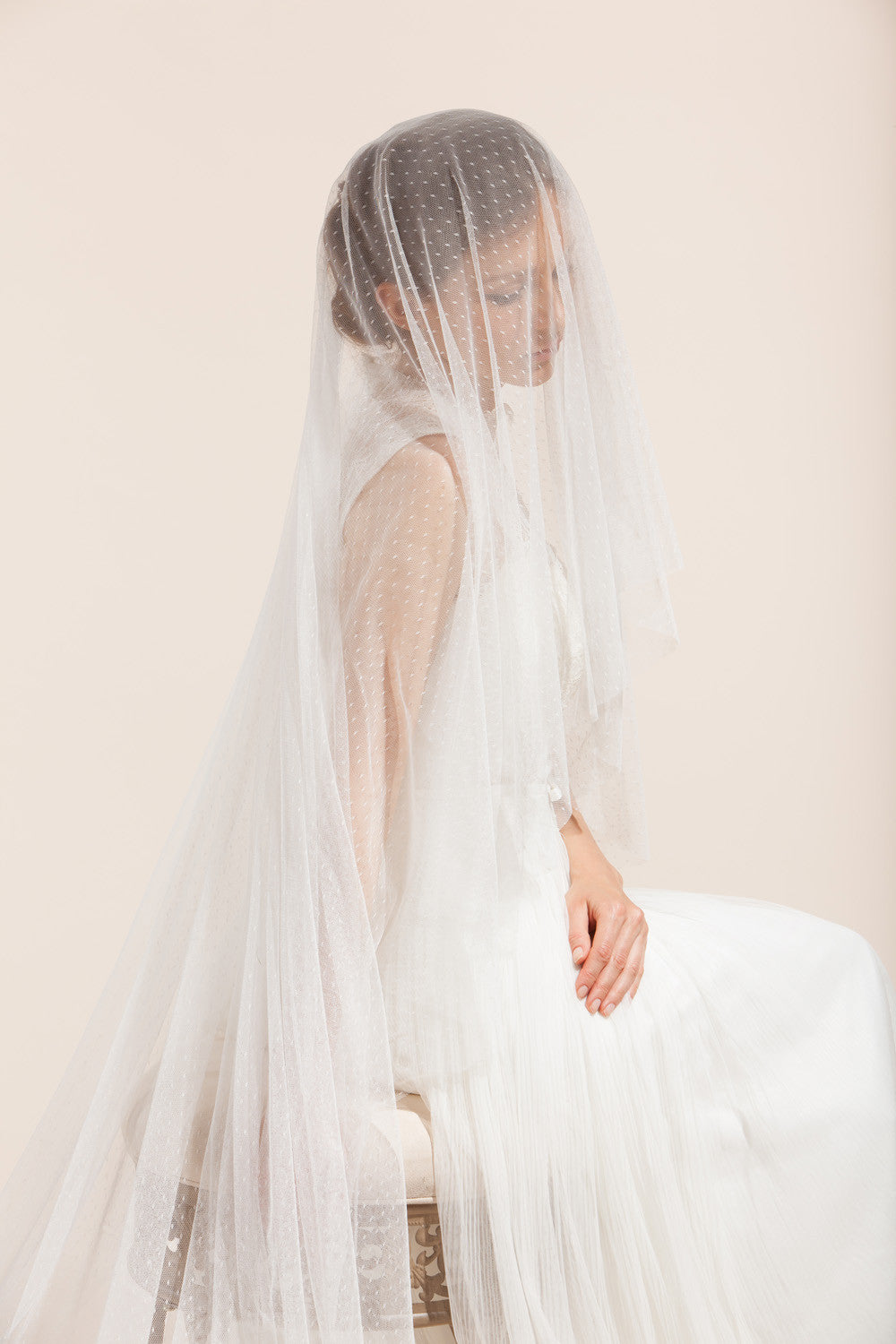 Swiss dotted veil with lace trims, Bridal Mantilla Veil, polka dot ...