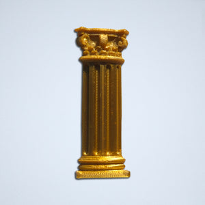The Corinthian column sticker from Styklet in Gold.