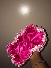 Load image into Gallery viewer, Pink Floral Bonnet