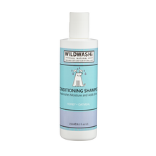 Load image into Gallery viewer, Dog Shampoo For Itchy Skin. WildWash PET Conditioning Shampoo 250ml. With Honey and Oatmeal