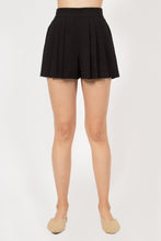 Load image into Gallery viewer, MO:VINT Jenny Pleated Shorts