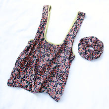 Load image into Gallery viewer, TOTE BAG + MATCHING SCRUNCHIE ~ DELIA DOT