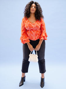 THE RUFFLE SLEEVE TOP ~ IVORY