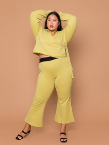 THE KICK FLARE SWEAT PANT ~ Pear
