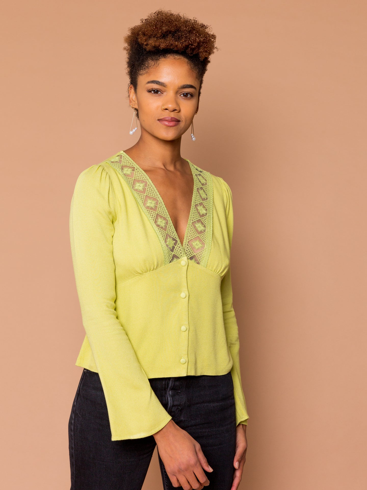 THE LOVERS LACE TOP - Pear