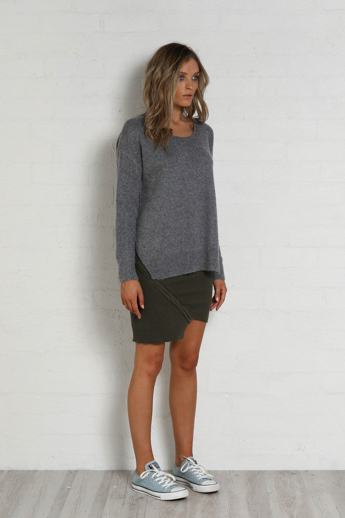 Frankie Side Scoop Knit