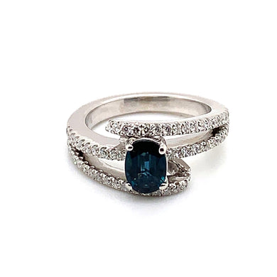 18K White Gold Sapphire & Diamond Fashion Ring