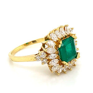 18K Yellow Gold Emerald & Diamond Fashion Ring with 2.22ct Emerald Center