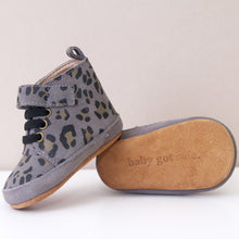 Load image into Gallery viewer, BUDDY GREY LEOPARD PRINT UNISEX TRAINERS