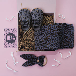 Leopard Lovers Grey Unisex New Baby Gift Set