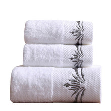 Load image into Gallery viewer, Superior Quality Bath Towel Set, Reactive Print 100% Polyester 2 pcs