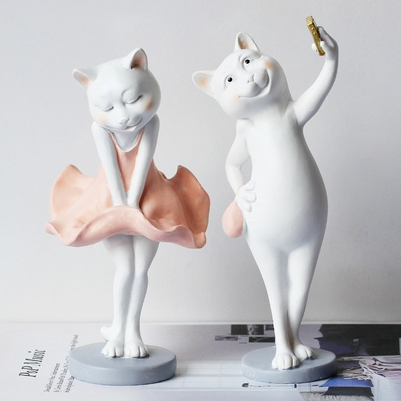 Creative Sculpture Cat Lovers