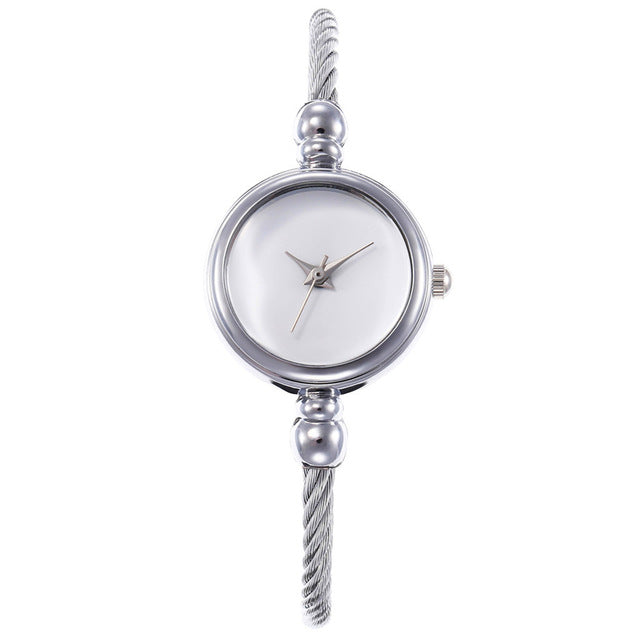 Unique Ultra-thin Width Women's Watch Fashion Alloy Slim Dial Woman's Watches New Style Analog Quartz Hour Watch bayan kol saati